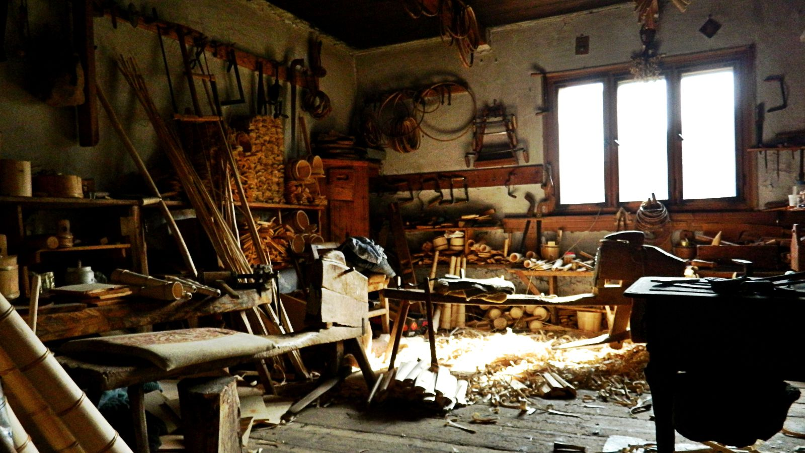 Atelier de tulnice Pătrăhăițești