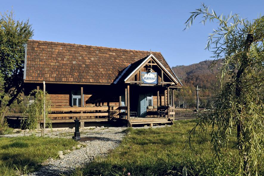 Mocanita - Valea Vaserului - Muzeul Elefant