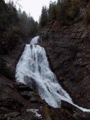 _13MN_img_08 Cascada Valul Miresei din Valea Stanciului.jpg
