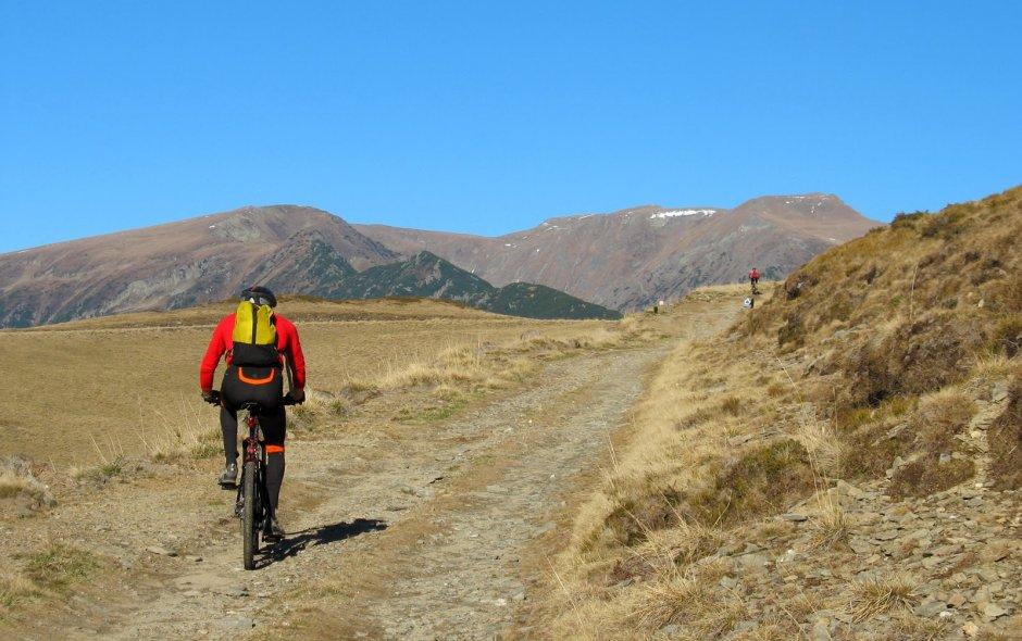 3MB Prin-sudul-Fagarasului-cu-bicicletele-40