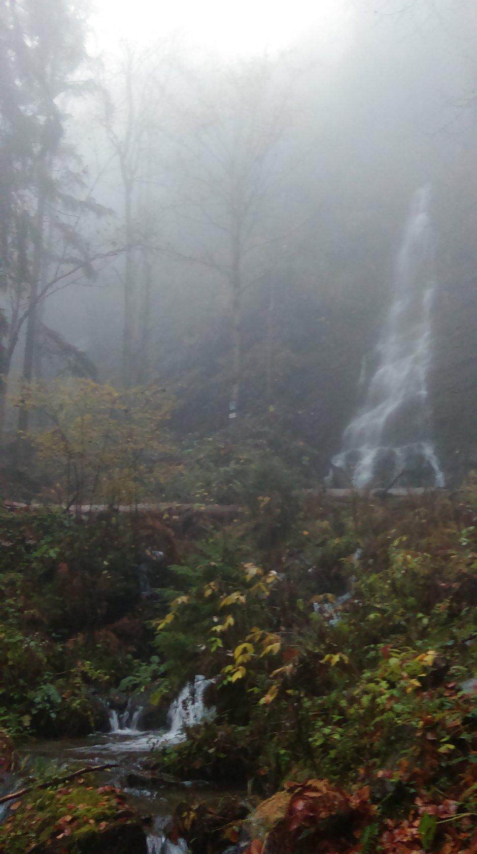 17mn img 31pa cascada sfanta treime 0
